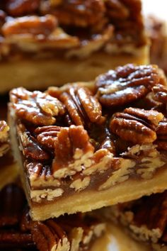 If you make one new dessert this year for Thanksgiving, made it be these! Sticky chewy pecan bars with a buttery shortbread crust. So easy and delicious and they can also be made ahead of time! WAY easier than pecan pie and much better too! Pecan Desserts, Tolle Desserts, Pecan Recipes, Great Desserts, Mini Desserts, Sweet Recipes, Baking Recipes, Cookie Recipes, Dessert Recipes
