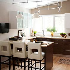 A Layout to Love - lighting if we can't afford recessed lighting?