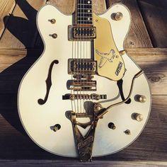 14677 mejores im genes de guitars pretty guitars en 2019 guitars cool guitar y electric guitars. Black Bedroom Furniture Sets. Home Design Ideas