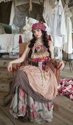 Magnolia Pearl, Silk Viscose Jemma Tank Dress in snapdragon Gypsy Chic, Bohemian Gypsy, Gypsy Style, Hippie Style, Bohemian Style, Boho Chic, Mode Hippie, Mode Boho, Magnolia Pearl