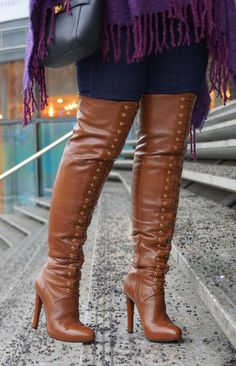 Outfit: Mai Piu Senza Overknees - GlamourSister.com · High Heeled BootsThigh  High BootsKnee BootsHigh HeelsSexy OutfitsFringe BootsBrown BootsFashion ...