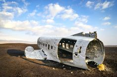 Directions to Mysterious Airplane Wreckage in Sólheimasandur (zuiden van ijsland, 1u20min rijden van Selfoss (105km))