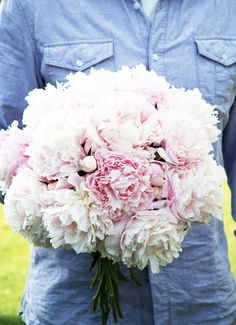 A Country Farmhouse: The Lovely Peony