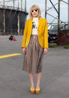 "Vivi - Hel Looks - Street Style from Helsinki ""The shirts and the blazer are my own designs, the skirt is second hand and the shoes Acne. I like yellow, gold, skirts, small tops and especially all small tops designed by Heikki Salonen. Street Style Blog, Looks Street Style, Street Chic, Look Blazer, Yellow Blazer, Mellow Yellow, Fashion Outfits, Fashion Trends, Fashion Clothes"