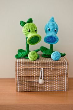 Crochet Pattern of Peashooter and Snow Pea from Plants by Aradiya, $2.99
