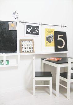 Un montón de ideas para personalizar la serie de Ikea Lätt, las mesas y sillas más populares para nuestros peques.