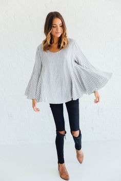 DETAILS: - Longsleeve Gusset Stripe Top - Soft Cotton/Linen Blend - Model is wearing a small Fall clothes college Spring Summer Fashion, Autumn Winter Fashion, Spring Outfits, Fall Winter, Looks Style, Style Me, Sweet Style, Look Fashion, Womens Fashion