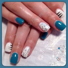 Teal & White by TraiSeasEscape from Nail Art Gallery