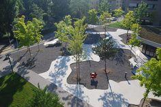 Central_Plaza_Housing_Katzenbach-by-Robin_Winogrond-Landscape_Architects-02 « Landscape Architecture Works | Landezine Landscape Architectur...