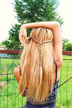 Partial pony braid