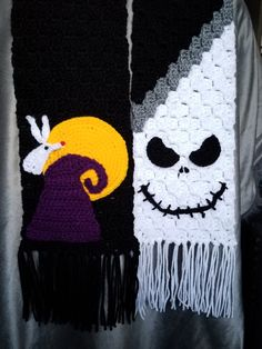I freestyled it myself. All pieces were sewn onto the scarf one piece at a time Nightmare Before Christmas Inspired Crochet Scarf Crochet Christmas Hats, Crochet Fall, C2c Crochet, Holiday Crochet, Crochet Crafts, Crochet Projects, Nightmare Before Christmas, Halloween Crochet Patterns, Crochet Accessories