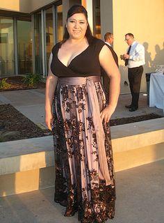 Meet Jessica, this curvy beauty is wearing the IGIGI by Yuliya Raquel Naomi Dress! www.igigi.com
