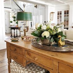 Feature Friday: Sweet Shady Lane – Southern Hospitality Kitchen – home accessories Decorating Your Home, Interior Decorating, Interior Design, Southern Decorating, Coastal Interior, Home Living Room, Living Room Decor, Apartment Living, Bedroom Decor
