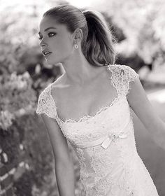 Wedding Dress sleeves...? Higher neckline, sweetheart perhaps, no bow.