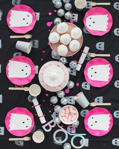 Ghost Tablecloth DIY | Oh Happy Day!
