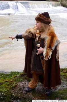 Vikings and pagan things Costume Viking, Viking Garb, Viking Reenactment, Viking Dress, Viking Clothing, Historical Clothing, Larp, Viking Culture, Viking Life