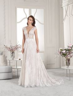 Wedding Dress Photos - Find the perfect wedding dress pictures and wedding gown photos at WeddingWire. Browse through thousands of photos of wedding dresses. Lace Wedding Dress, Perfect Wedding Dress, Wedding Dress Styles, Bridal Dresses, Dream Wedding, Princess Bridal, Gown Photos, Wedding Dress Pictures, Instagram