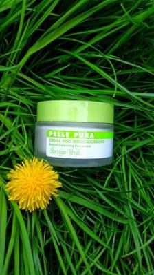 Clay mask and moisturizer for problematic skin
