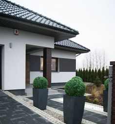 Fassadenverkleidung Außen The Effective Pictures We Offer You About black facade A quality picture can tell you many things. You can find the most beautiful pictures that can be presented to you about Front Garden Landscape, Landscape Design, Garden Design, Dream House Exterior, Concept Home, Facade House, Cladding, Exterior Design, House Plans