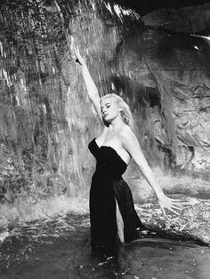 La petite robe noire portée par les stars