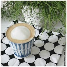 coffee & plants plants & coffee bei den #urbanjunglebloggers: http://www.emiliaunddiedetektive.de/plants-coffee-bei-den-urbanjunglebloggers/