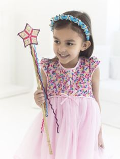 It's Fairy Day! Here's an easy craft project that's perfect for playtime!