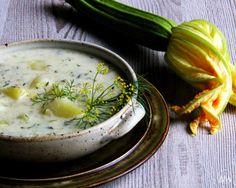 Cuketová kyselice s bramborami, koprem a houbovými škvarky , Foto: V kuchyni…