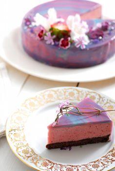 zrcadlová poleva na dort Unique Desserts, Sweet Desserts, Cheesecake Recipes, Dessert Recipes, Drip Cakes, How Sweet Eats, Mini Cakes, How To Make Cake, Amazing Cakes