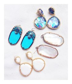 These kendra-scott earrings remind me of the beach!