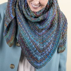 Limestone - Sjal Mönster Easy Knitting Patterns, Shawl Patterns, Free Knitting, Crochet Patterns, Crochet Snowflake Pattern, Crochet Snowflakes, Knit Or Crochet, Crochet Shawl, Crochet Wraps