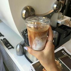 Coffee Cafe, Iced Coffee, Coffee Drinks, Coffee Shop, Coffee Lovers, Aesthetic Coffee, Aesthetic Food, Aesthetic Grunge, Think Food