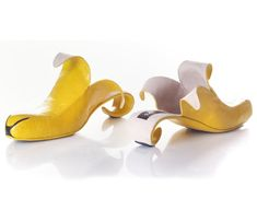 Israel-based designer Kobi Levi creates some of the world's most original (and quite unusual) footwear. Check out a few of his whimsical pieces below: See more at Kobi Levi Design. Shoes, shoes, and more shoes. Crazy High Heels, Crazy Shoes, Me Too Shoes, Weird Shoes, Creative Shoes, Unique Shoes, Creative Design, Quirky Shoes, Design Art