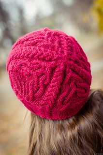 Free pattern for the Favorki hat from Ravelry.