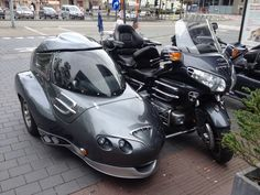 Nice sidecar! Probaly Belgium made, i guess the Antwerp Atelier.