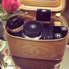 All my friends know I love Chanel and nearly every birthday and Christmas I get at least 10 products that are Chanel weather it is clothes or makeup or/and shoes. But usually I buy Chanel makeup all the time and now and again I get tops from there 😂😂 Chanel Makeup Bag, Chanel Beauty, Chanel Chanel, Makeup Bags, Chanel Creme, Chanel Bags, Makeup Kit, Makeup Tools, Makeup Brushes
