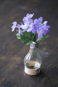 Intern DIY: Lightbulb Vase