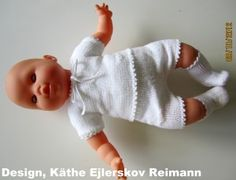 Projekt Saseline ~ Det er midt i april 2020 Knitting Dolls Clothes, Doll Clothes, Baby Born Clothes, Baby Barn, Dress Making, American Girl, Baby Dolls, Knit Crochet, Knitting Patterns