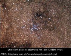 NGC 6475 Štírův ocas      M7 je jednou z nejnápadnějších otevřených hvězdokup na obloze. Kupa, v níž dominují jasné modré hvězdy, může být vidět pouhým okem na tmavé obloze v ocasu souhvězdí Štíra (Scorpius). Je známa již od starověku, byla zaznamenána Ptolemaiem v roc