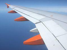 Self-Healing Material could repair cracks on airplane wings  , - ,   Self-healing mat...