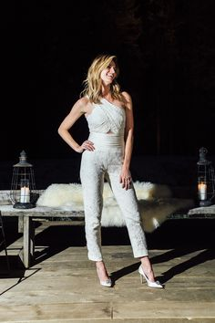 Exclusive: Erin Andrews and Jarret Stoll's Mountain-Top Wedding in Montana Erin Andrews, Maria Menounos, Meredith Grey, Ladies Golf, Celebrity Crush, Blond, Celebrities, Lady, Nhl