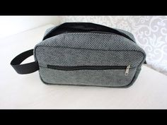 YouTube Brother 1034d, Clutch Pattern, Old Clothes, Patch Quilt, Toiletry Bag, Tote Handbags, Unisex, Knit Crochet, Pouch