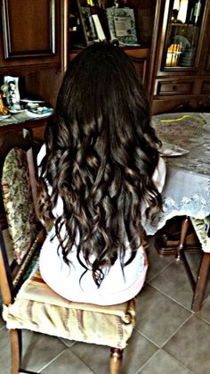 La  grande bellezza Grande, Long Hair Styles, Beauty, Long Hairstyle, Long Haircuts, Long Hair Cuts, Beauty Illustration, Long Hairstyles, Long Hair Dos