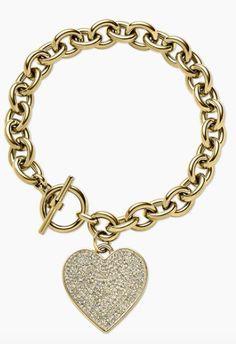 heart charm bracelet http://rstyle.me/n/u4xw2pdpe