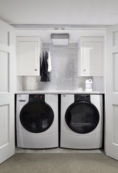 Best 20 Laundry Room Makeovers - Organization and Home Decor Laundry room decor Small laundry room organization Laundry closet ideas Laundry room storage Stackable washer dryer laundry room Small laundry room makeover A Budget Sink Load Clothes Laundry Room Remodel, Laundry Room Cabinets, Basement Laundry, Laundry Room Organization, Laundry Room Design, Laundry Area, Diy Cabinets, Budget Organization, Bathroom Laundry