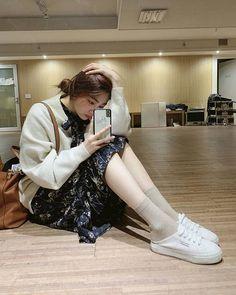 Kpop Girl Groups, Kpop Girls, Korean Girlfriend, Kwon Mina, Solo Photo, Red Velvet Joy, Ulzzang Girl, Rapper, Idol