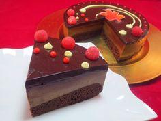 Tarta mousse de chocolate Recipe by Gema V - Key Ingredient Italian Dishes, Italian Recipes, Delicious Deserts, Dessert Recipes, Desserts, Chocolate Recipes, Great Recipes, Tartan, Fondant