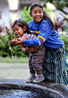Guatemala by Sergio Pessolano We Are The World, People Around The World, Wonders Of The World, Around The Worlds, Beautiful Children, Beautiful People, Portraits, Smile Face, World Cultures