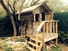 20 idées pour recycler vos palettes en bois ! La terrasse sur l'eau détient la palme de la créativité... Ça donne trop envie !