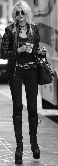 Taylor Momsen. Pinned by Melissa