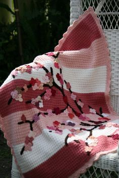 Crochet Cherry Blossom Baby Blanket Tutorial done in pink and grey and white would look great in Fifi's room by freida